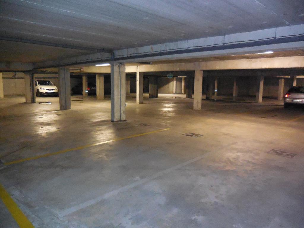 Spécial investisseur Lot de Parkings  à vendre Bagnols Sur Cèze