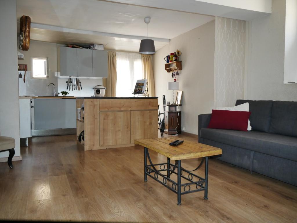 Premier achat ou investisseur Appartement  2 pièces terrasse de 42 M2