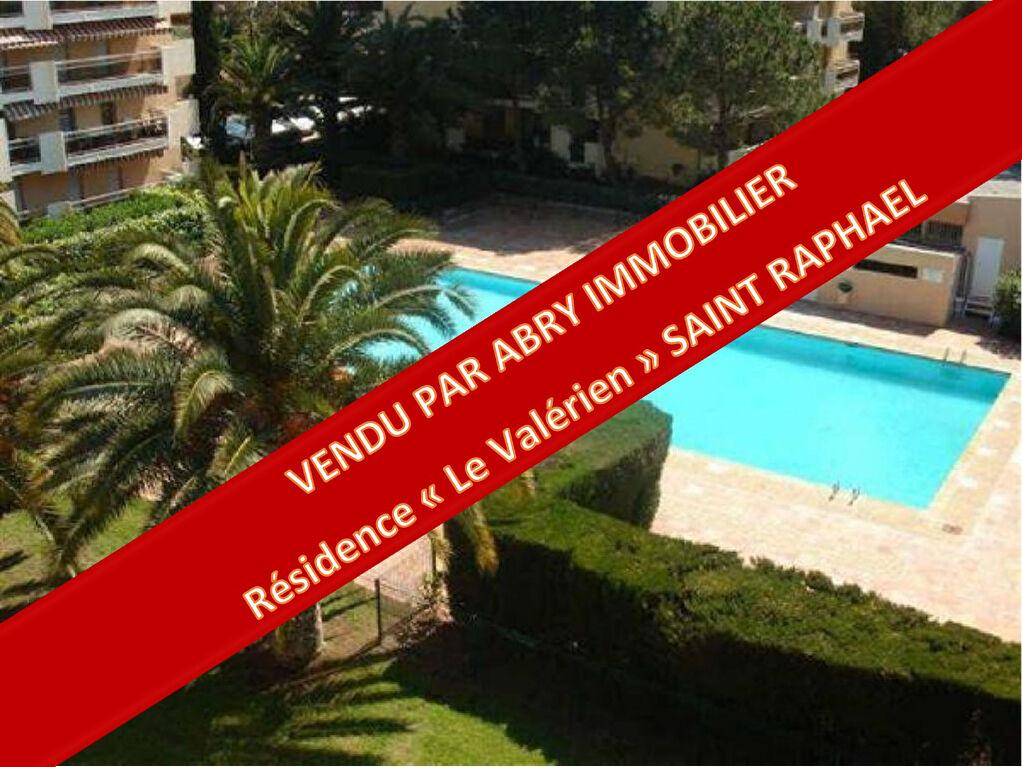 Appartement Saint Raphael - 3 pièces -  64 m2