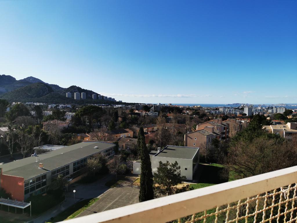 Beau T3/4 vue panoramique mer et collines