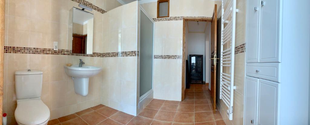 Bastia centre Location Appartement meublé 3 pièces - 91 m2 - 2 salles-de-bains 2 wc - Cuisine équipée - Ascenseur