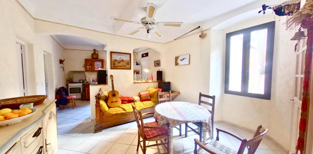 Bastia centre-ville - Vente appartement  3 pièces triple exposition, au calme
