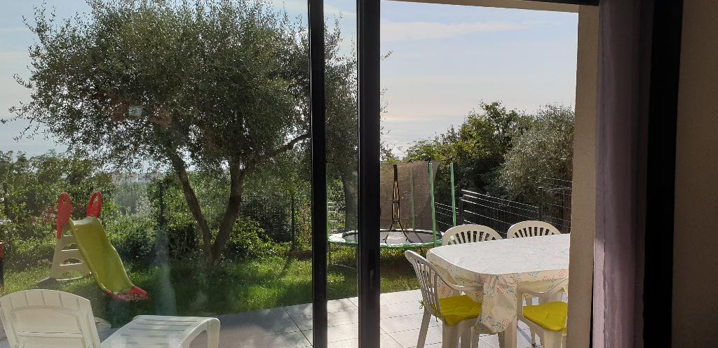 A vendre appartement T3 avec jardin, vue mer hauteurs de Bastia