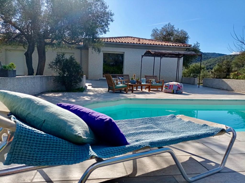 Villa individuelle T5 avec piscine, en Balagne à 5 minutes d'Ile-Rousse