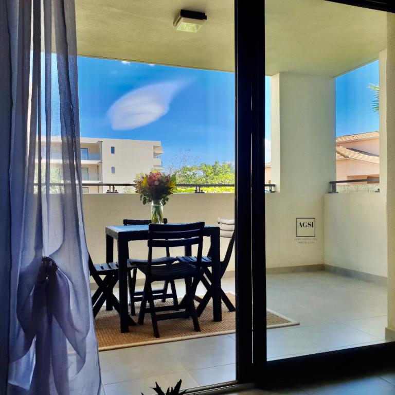 A vendre à Borgo, bel appartement état neuf T2 avec terrasse sur l'Avenue de Borgo