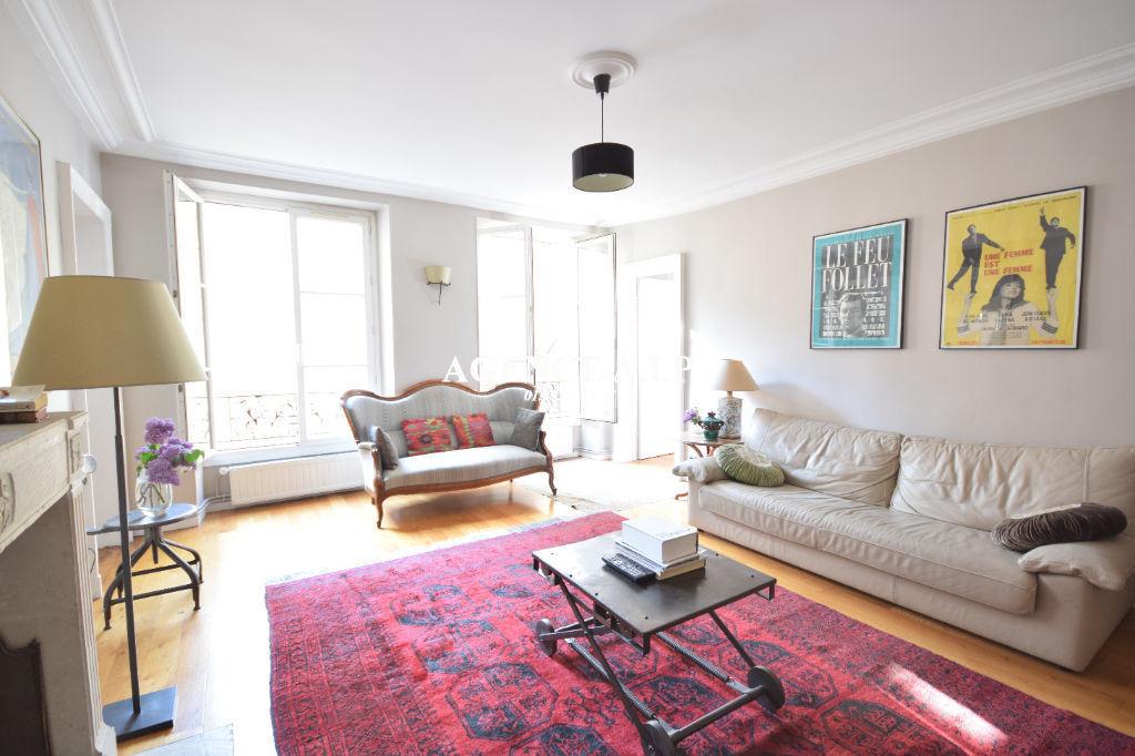 Appartement  Familial de 4 pièces a Paris 75010  107 m2 Faubourg saint denis coté cour