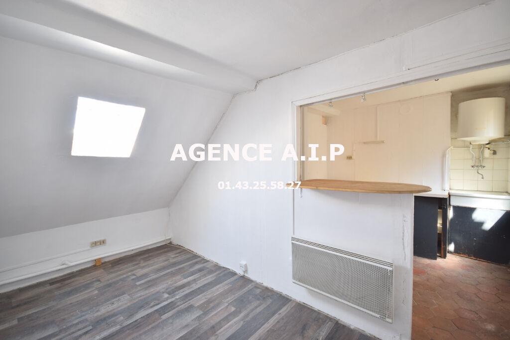 studio à rénover Paris 75010 proche du faubourg saint Denis