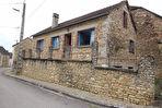 Proche Flogny la Chapelle, maison de village en pierre