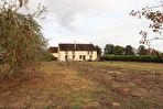 Propriete de 10 pièces 5 chambres 241 m² sur un terrain de 7460 m2 dans la région de Neuvy Sautour