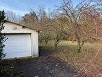 Terrain de 990 m2 avec garage a Roffey