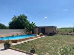 Villa avec piscine a Avrolles de 7 pieces et 4 chambres 205 m2 sur un terrain de 1540 m2