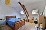 Longère a Venizy  160 m2 de 6 pieces et 4 chambres sur un terrain de 773 m2