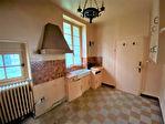 Saint Florentin maison de ville a restaurer de 77 m2 de 3 pieces dont 2 chambres terrain de 522 m2