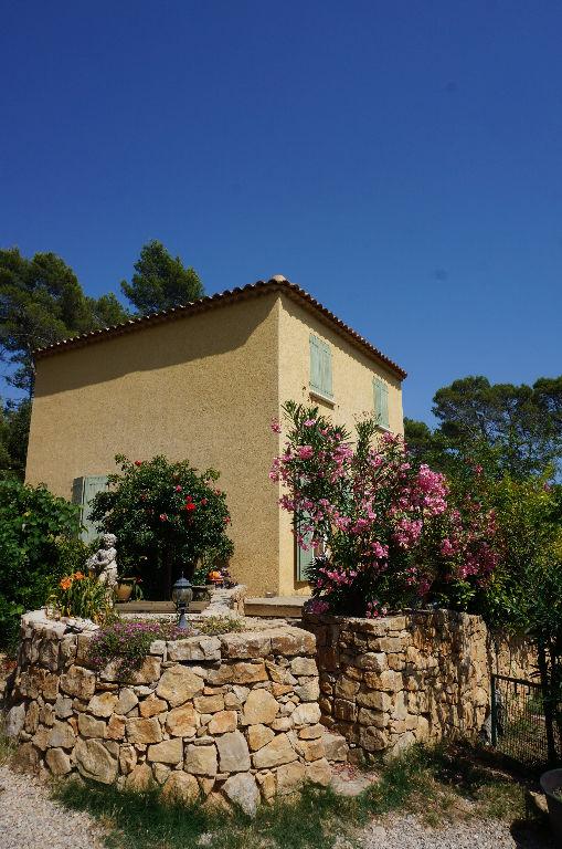 photo de Vente villa de style Bastide provençale à Entrecasteaux