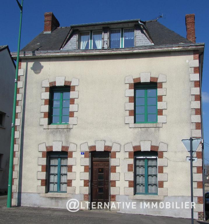 Maison La Guerche De Bretagne 7 pièce(s) 132 m2