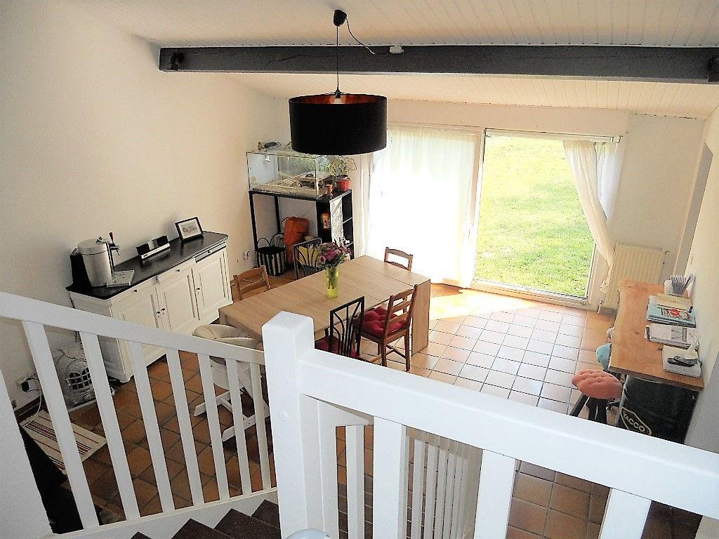 Maison de 5 pièces avec jardin et garage à vendre à CHATEL SAINT GERMAIN
