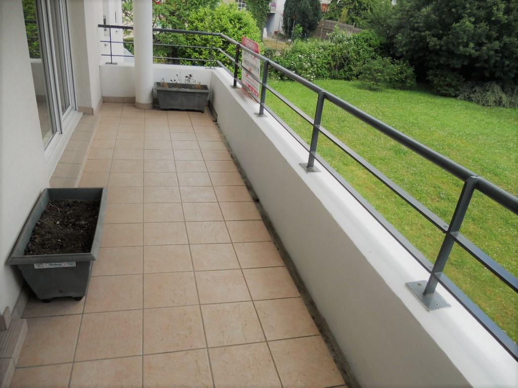 Appartement 3 pièces 68 m² 2 chambres terrasse garage en sous-sol à vendre à METZ Sablon