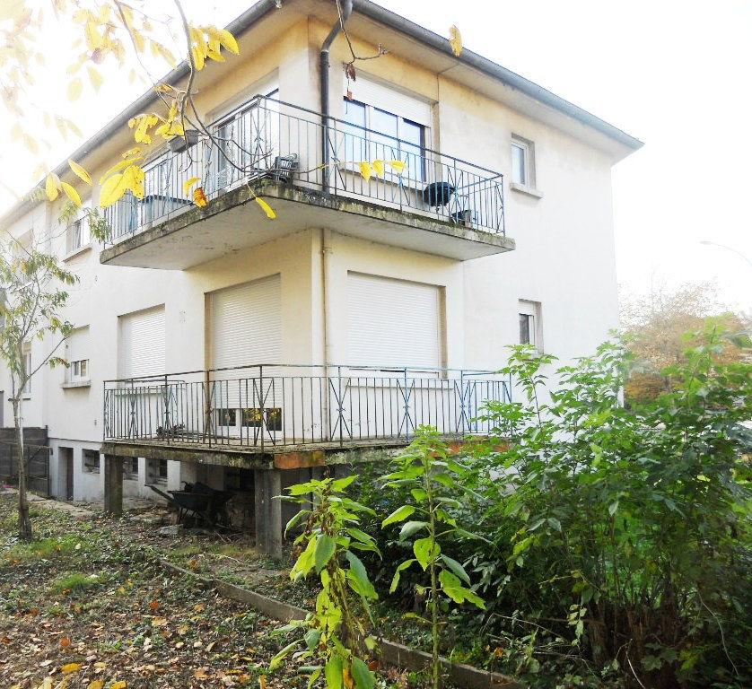 Immeuble avec garages et jardin à vendre à METZ SABLON