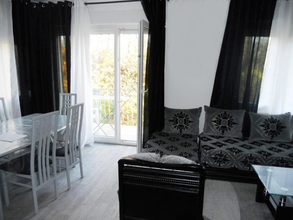 Maison avec 2 appartements 2 garages et jardin à vendre à METZ SABLON