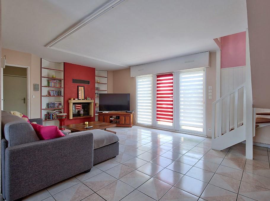 Maison rénovée 5 pièces 2 chambres garage à vendre proche SAINT JULIEN LÈS METZ