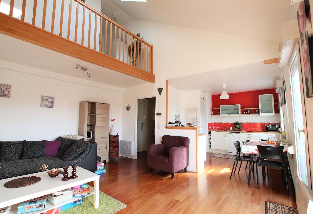 Appartement 3 pièces en duplex 61.30 m² (76 m² au sol) en dernier étage avec balcon et garage à vendre à METZ Queuleu