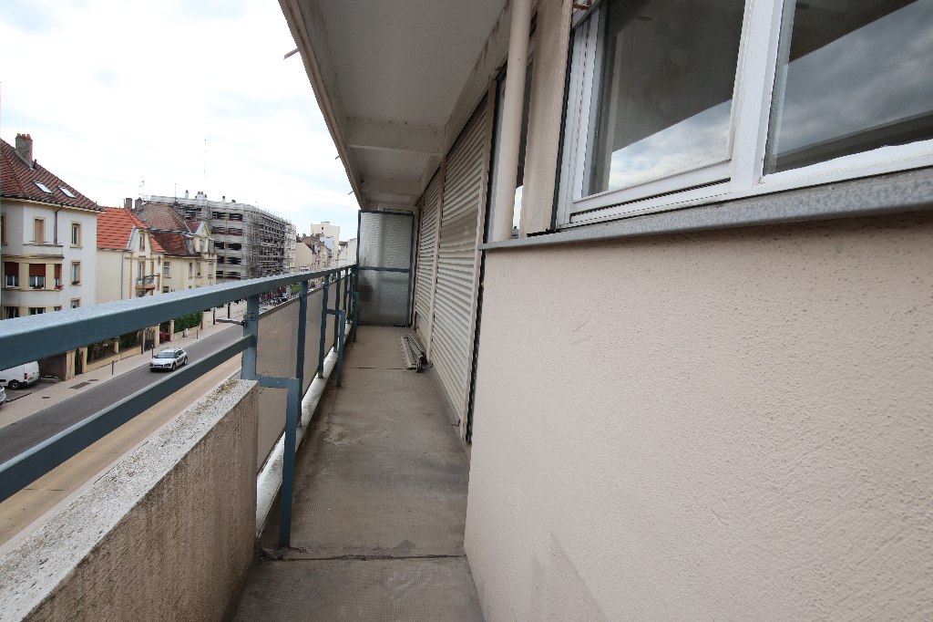 Appartement 2 pièces 43 m² loggia à vendre à METZ Queuleu