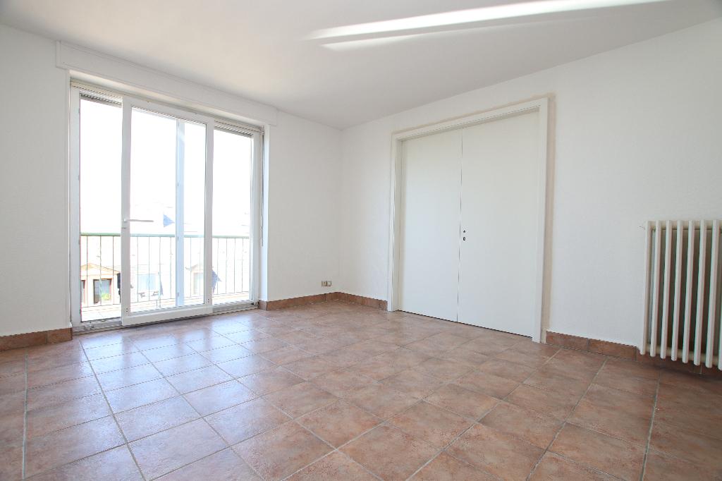 Appartement 3 pièces 70 m² 2 chambres balcons Parking à louer à METZ SABLON