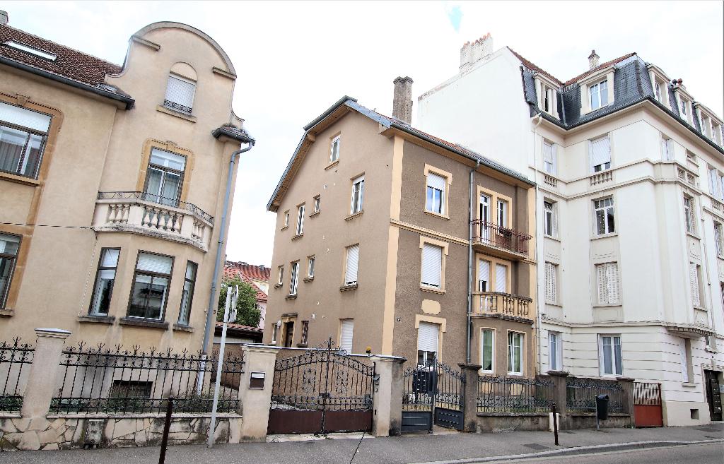 Appartement 3 pièces 41 m² (59m² au sol) 2 chambres cave à louer à METZ SABLON
