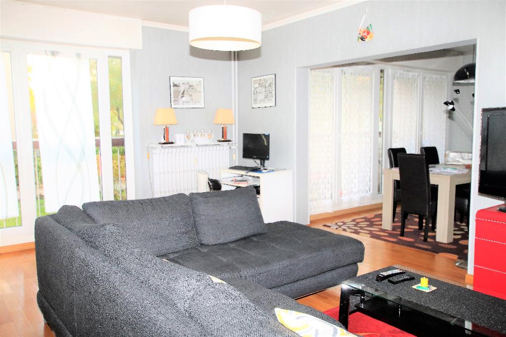 Appartement 5 pièces 103 m² 3 chambres loggia à louer à METZ QUEULEU
