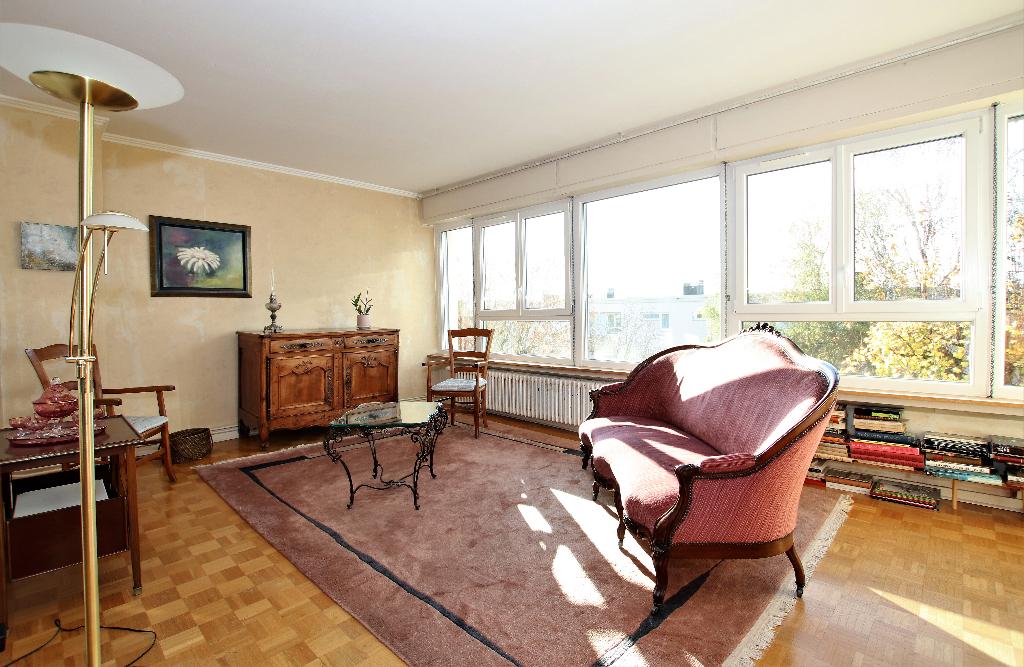Appartement 6 pièces 122 m² 4 chambres terrasse cave garage à vendre à METZ QUEULEU