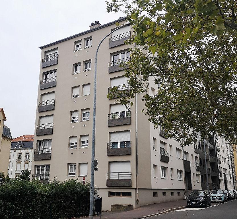 APPARTEMENT 2 PIÈCES MEUBLÉ balcon à louer à METZ SABLON GARE