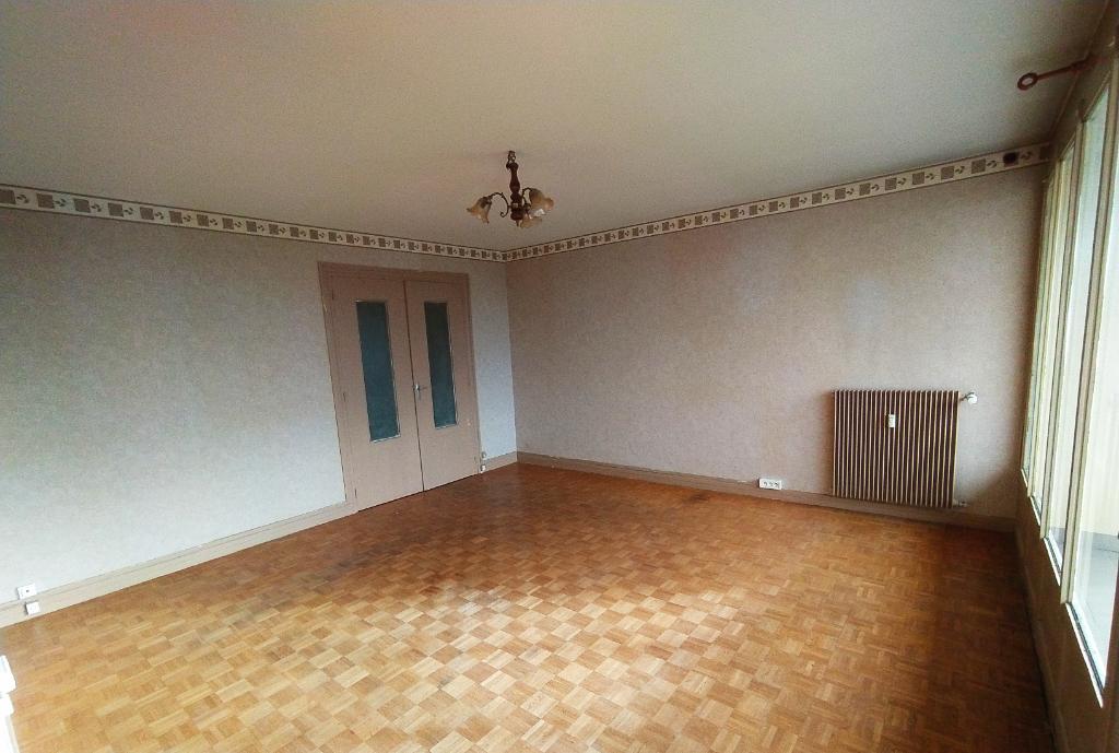 Appartement Luisant 3 pièce(s) 67m².