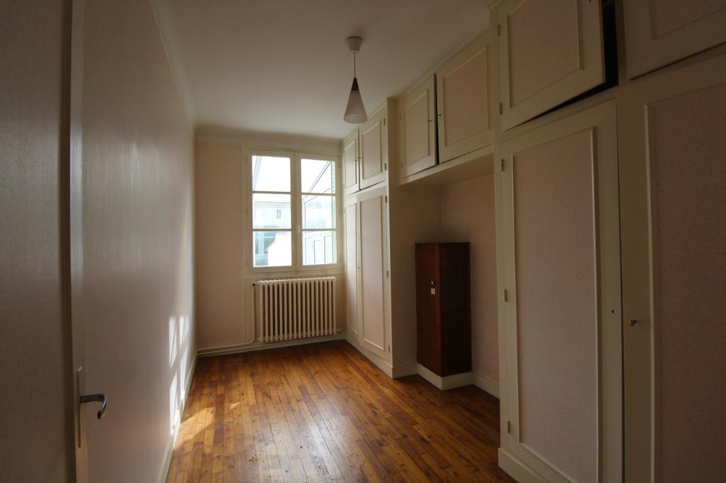 Chartres : Maison de 3 chambres sur 500 m² de terrain !