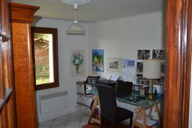 NOGENT LE ROI - 107 m² - 4 chambres.