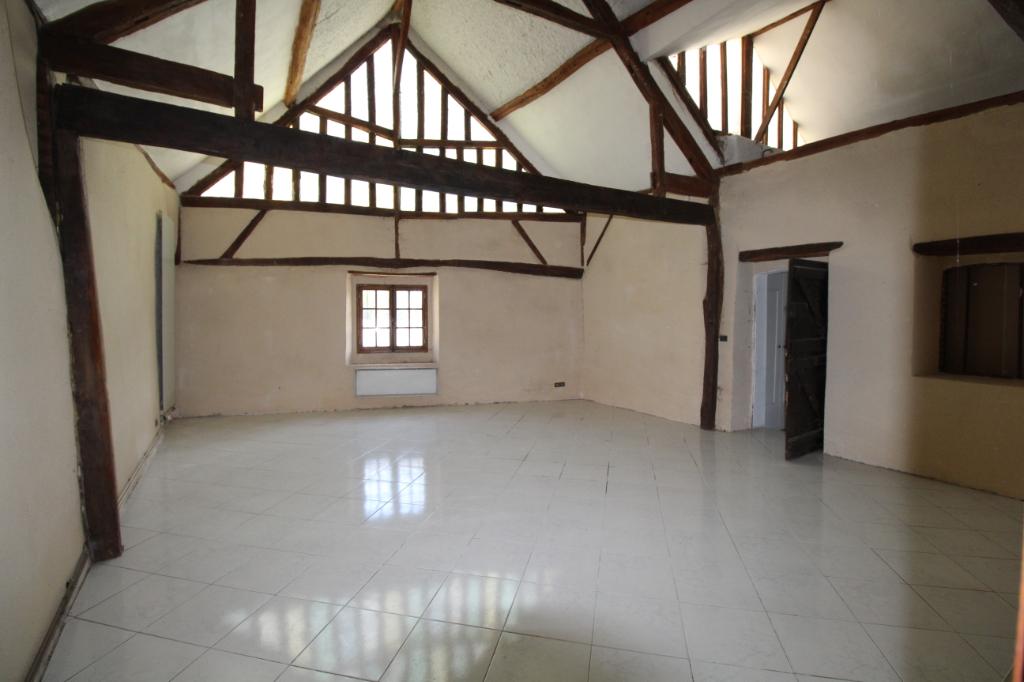 Longère de 270 m² habitables.