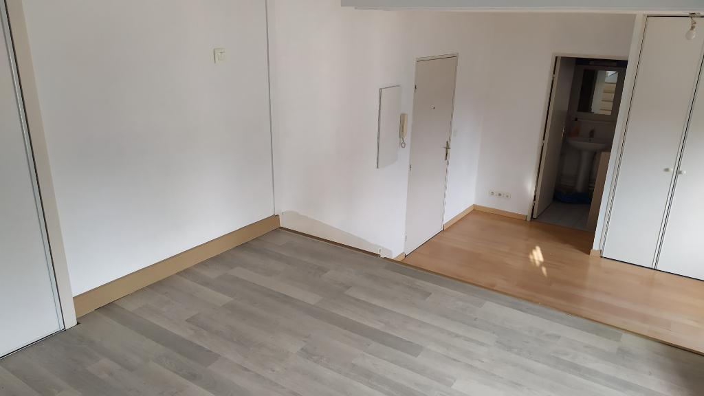 Appartement Maintenon 29.69 m²
