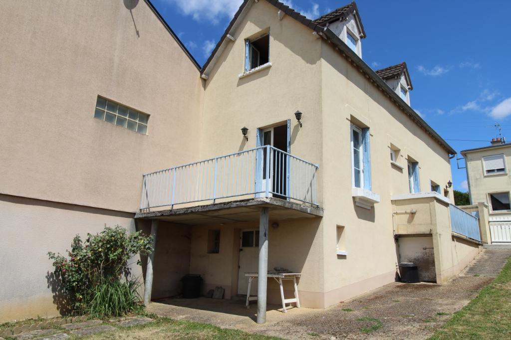 Chartres, maison de 74 m²,  2 chambres + bureau
