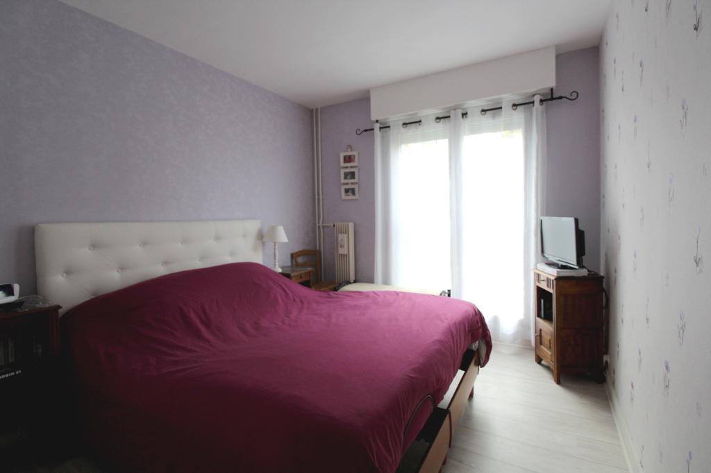 Chartres , Appartement  lumineux, de 66 m², 3 pièces.