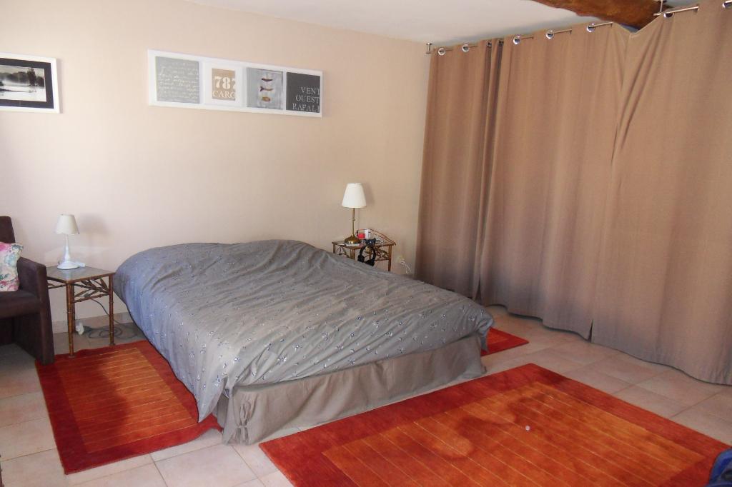 Maison 7 pièces 228 m²