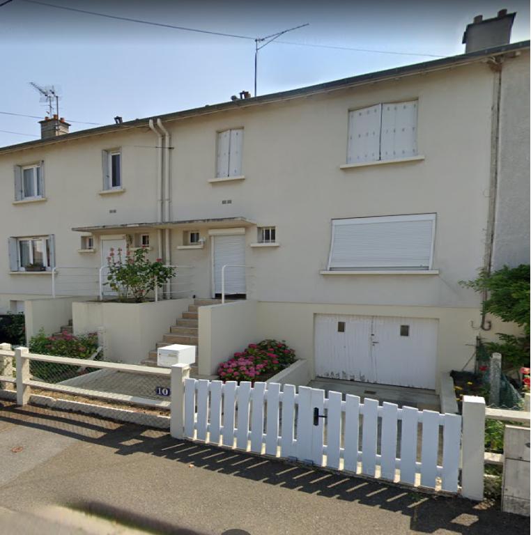 Maison Chartres 3 chambres sur sous-sol total.