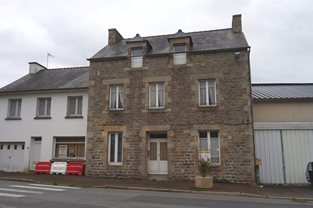 A VENDRE ENSEMBLE IMMOBILIER SAINT POTAN