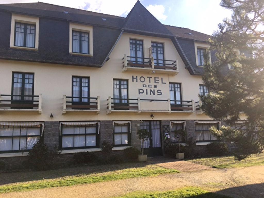 A VENDRE -  HOTEL - SABLES D'OR LES PINS