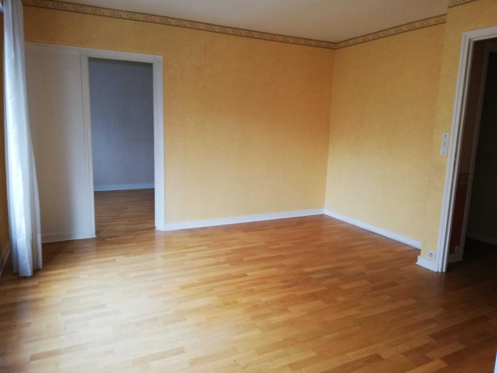 Appartement 3 pièces  AU COEUR DE PONTIVY