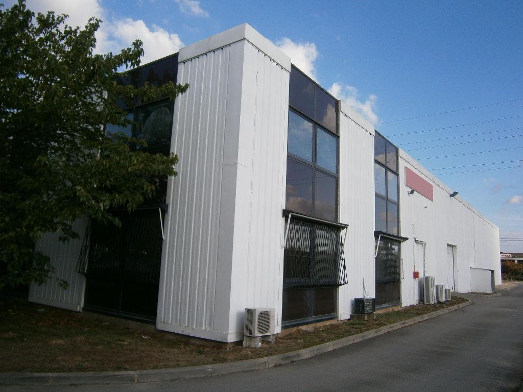 A louer Bâtiment d'activité à Toulouse - Zone Larrieu