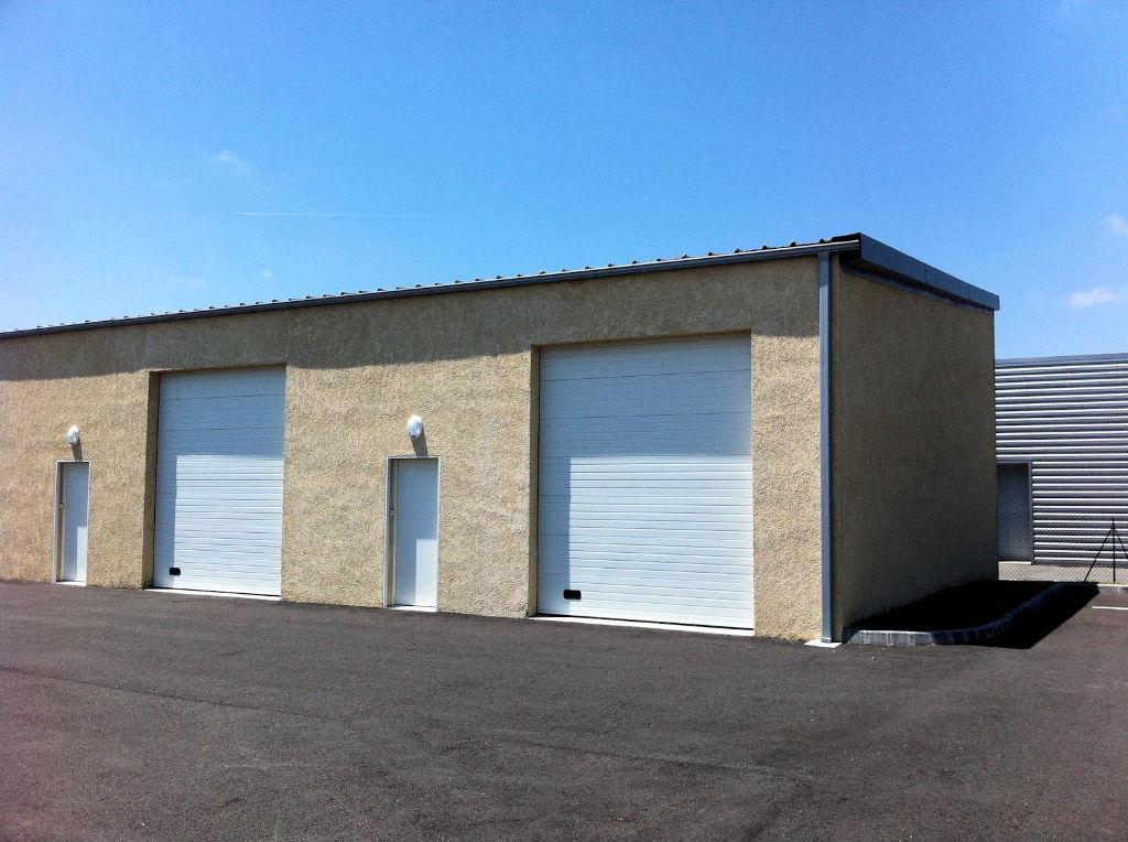 Local d'activité DE 149 m2 à louer à Plaisance Du Touch