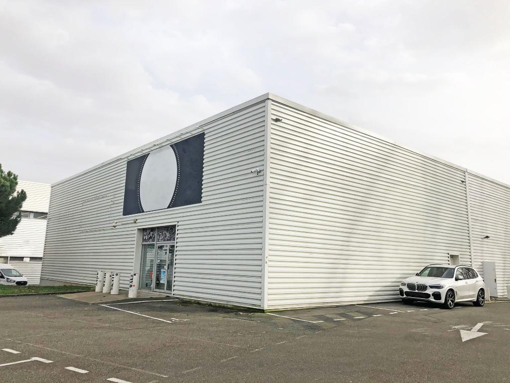Local d'activité 400 m2