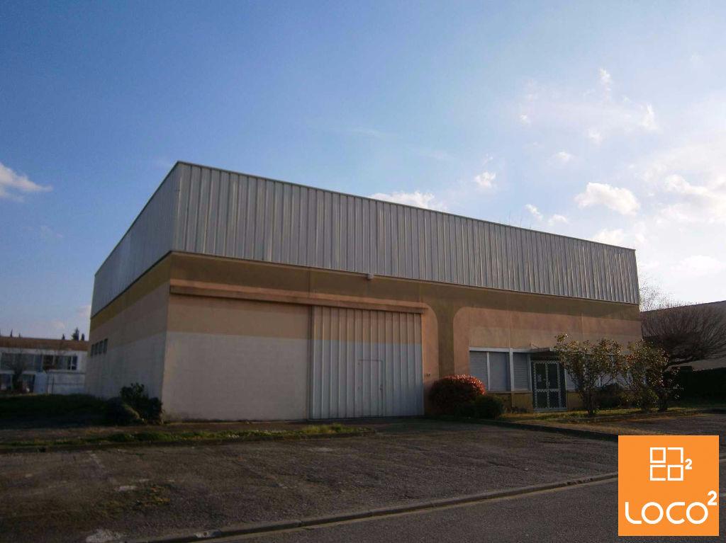 Local d'activité de 710 m² à vendre à Ramonville St Agne / Sud Est Toulouse
