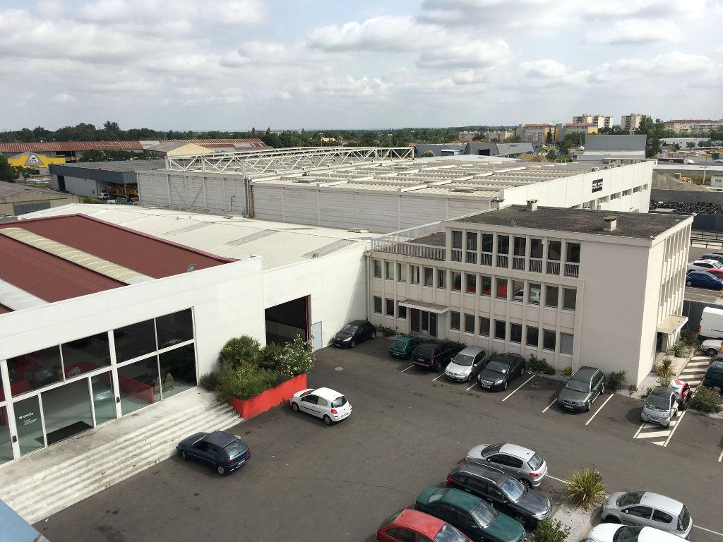 Entrepôt / local industriel / Local d'activité ZI EN JACCA