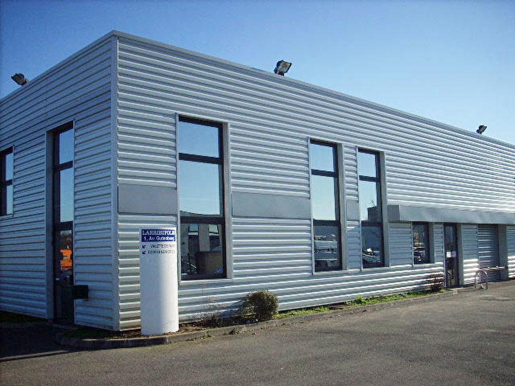 Local d'activité de 300 m2 à louer à Portet Sur Garonne