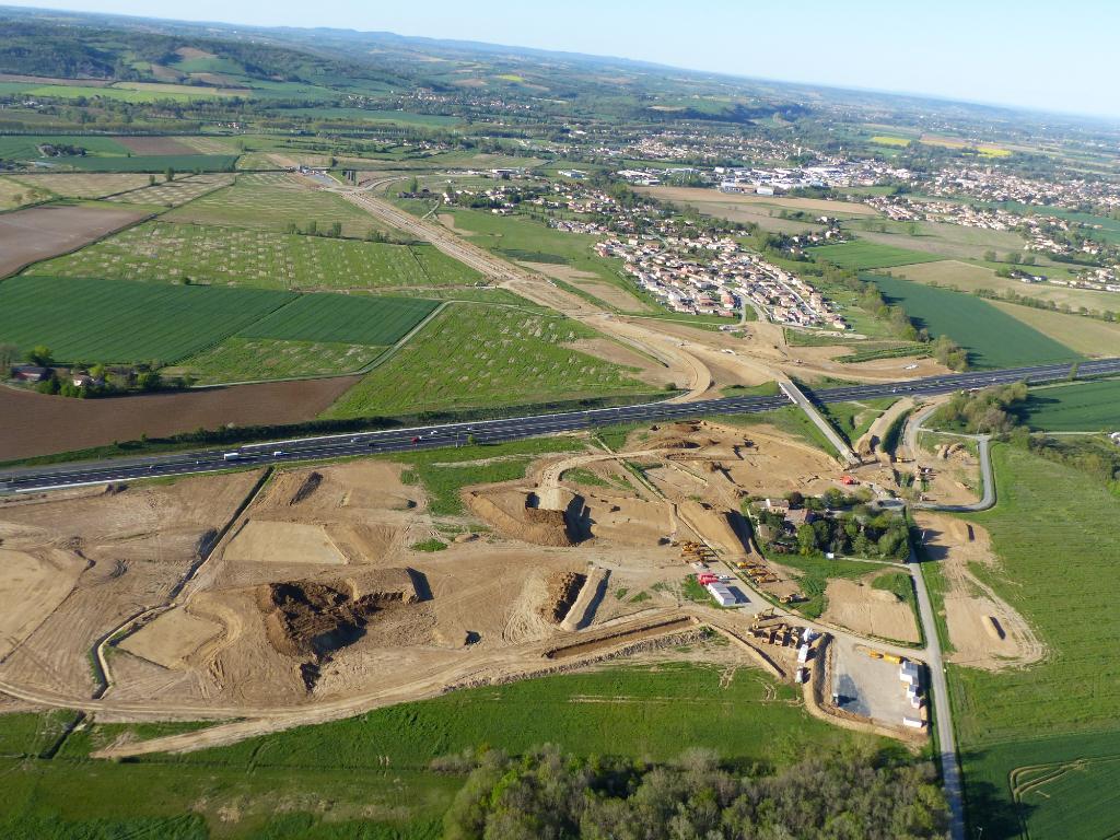 Terrain Saint-Sulpice-La-Pointe 300 000 m² divisibles